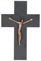 Schieferkreuz mit Korpus aus Bronze