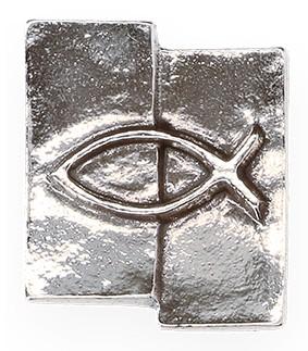 Kreuzplakette aus Neusilber Fisch