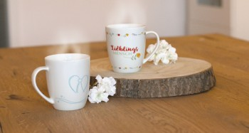 Porzellan-Tasse Jeder Augenblick