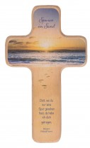 Holzkreuz Spuren im Sand