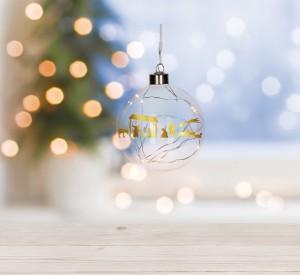 Glaskugel mit LED-Lichterkette - Stille Nacht, heilige Nacht