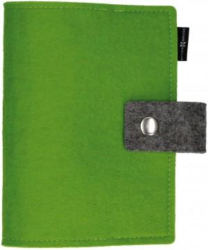 Gotteslob-Buchhülle aus hellgrünem Wollfilz mit Druckknopf