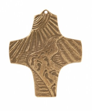 Bronzekreuz Spuren im Sand