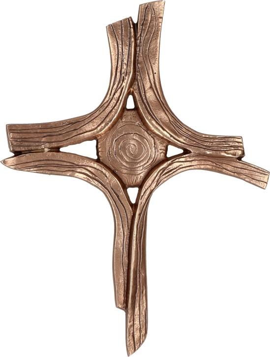 Bronzekreuz - Von der Mitte gehalten