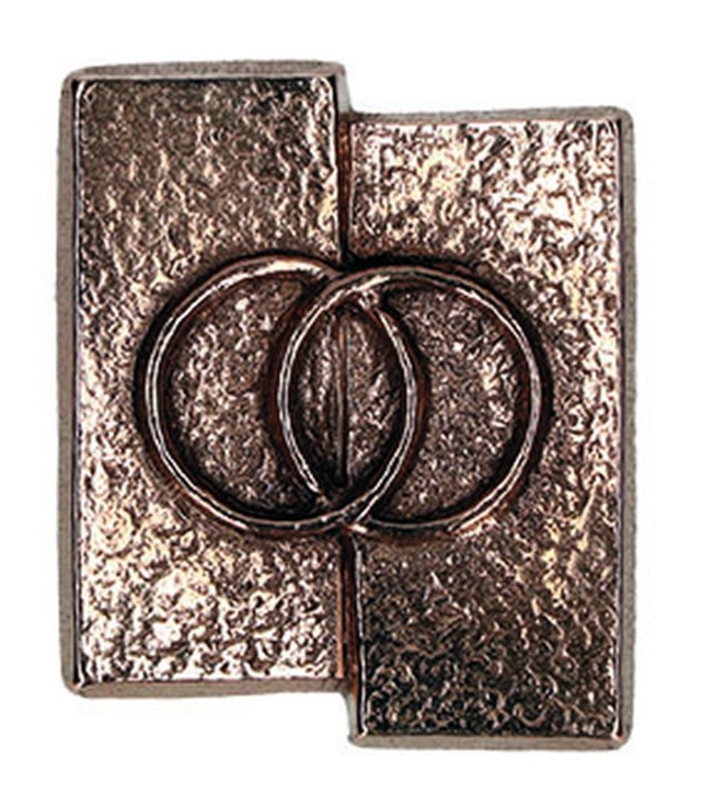 Kreuzplakette Eheringe aus Bronze