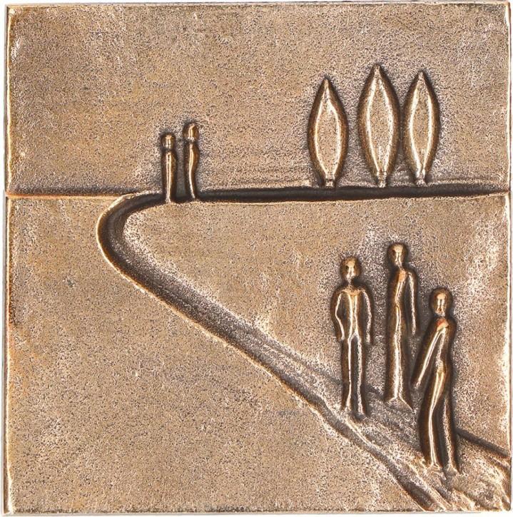 Relief aus Bronze Auf dem Weg